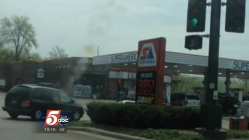 Scammers Buy Gas Station with Bad Check, Sell Gas at Super-Low Price