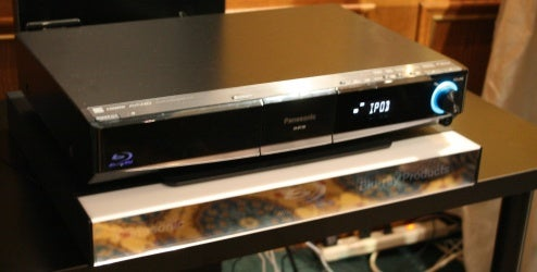 First Listen: Panasonic SC-BT100 Blu-ray Home Theater in a Box Is Boomy, Not Hissy