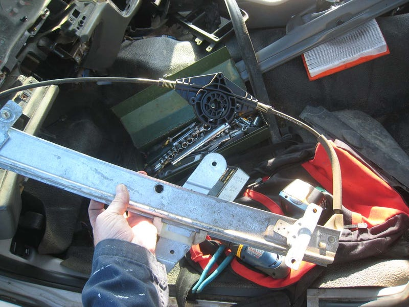Crown Victoria Power Window Regulator Replacement #8, or: How Detroit Cuts Production Costs