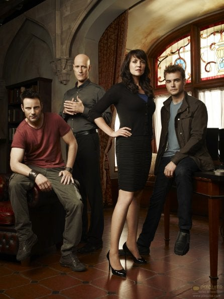 Sanctuary season 4 cast photos