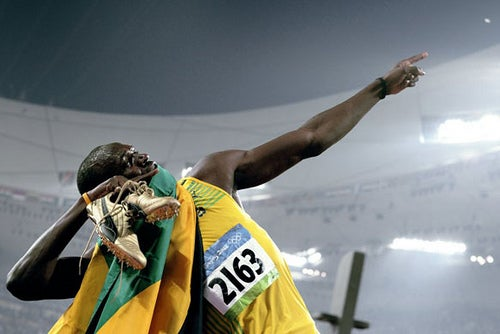 Mad Physicist Analyzes Effects of Usain Bolt's Olympic Showboating, Carl Lewis Thinks It's Juicy