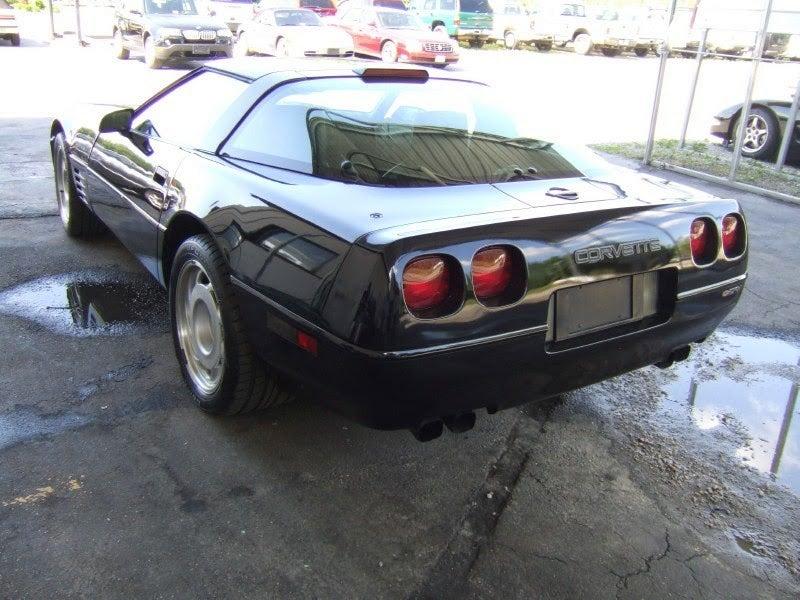 Ultimate C4 Corvette Cage Fight  1991 ZR1 Vs 1996 Grand Sport