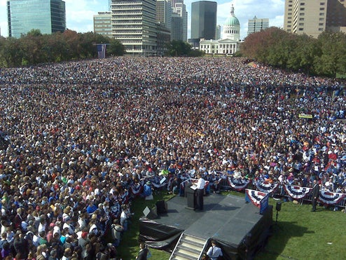 100,000 Attend Obama Rally in St. Louis