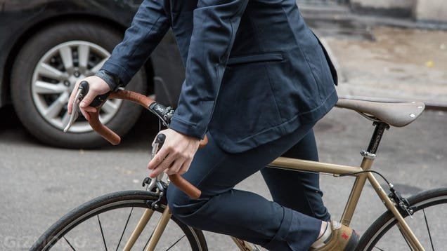 The Bike-Friendly Commuter Suit Review: Good at Bikes, Bad at Suit