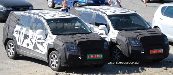 2011 Chevrolet Tacuma Minivan Spied Testing, Hunting Down Soccer Practice