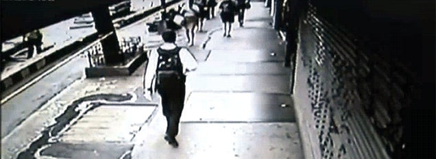Buzz saw flies across New York sidewalk, cuts woman on the leg