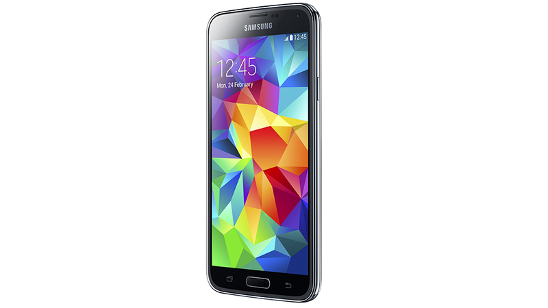 Samsung Galaxy S5: New Design and a Fingerprint Scanner