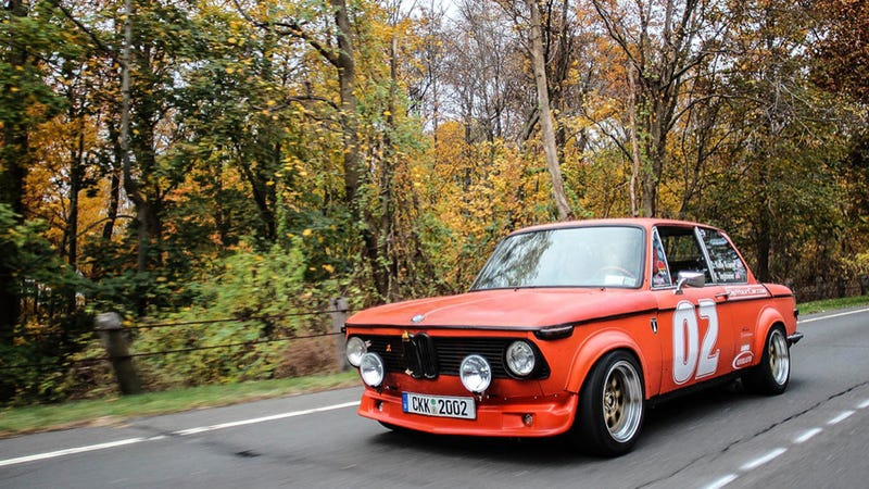 How A BMW 2002 Helped Get A Man Into College