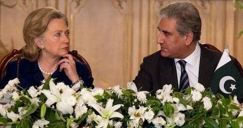Is Hillary Giving The International Stinkeye?
