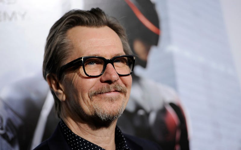 Gary Oldman Apologizes for the Anti-Semitic Parts of Awful Interview