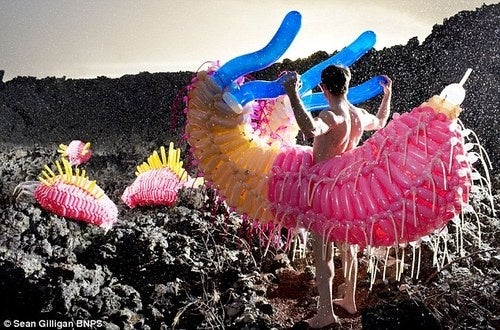 Festive Balloon Monsters for Your Next Alien Invasion