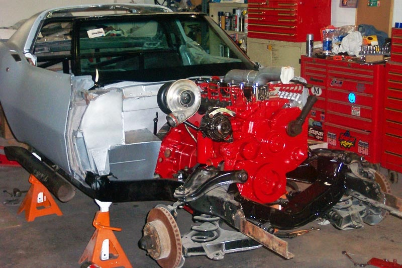 Mad Man Crams 12V Cummins Diesel Into '68 Corvette