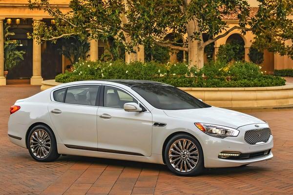 Can Kia Sell Expensive Cars in the US? + Bonus Maserati Rant