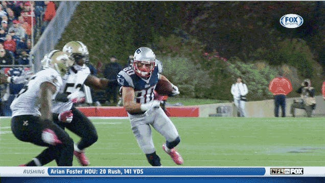 Danny Amendola Appeared To Be Knocked Out By This Vicious Hit