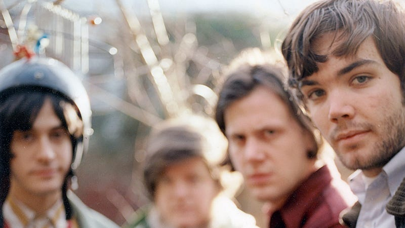 Indie Weirdo-Heartthrobs Neutral Milk Hotel Are Getting Back Together