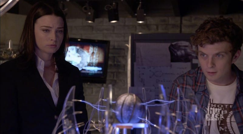 On Continuum, Kiera Doesn't Understand Time Travel So Everyone Suffers