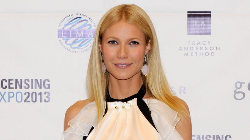 Oh Wow, Gwyneth Paltrow Sometimes Eats Things Besides Lawn