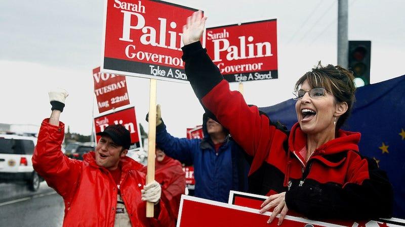 Fox News Chief Is Mad at Sarah Palin