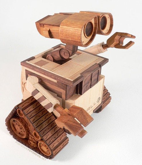 Beautifully Detailed Wooden Wall-e Sculpture Fills Pinocchio With Jealous Rage