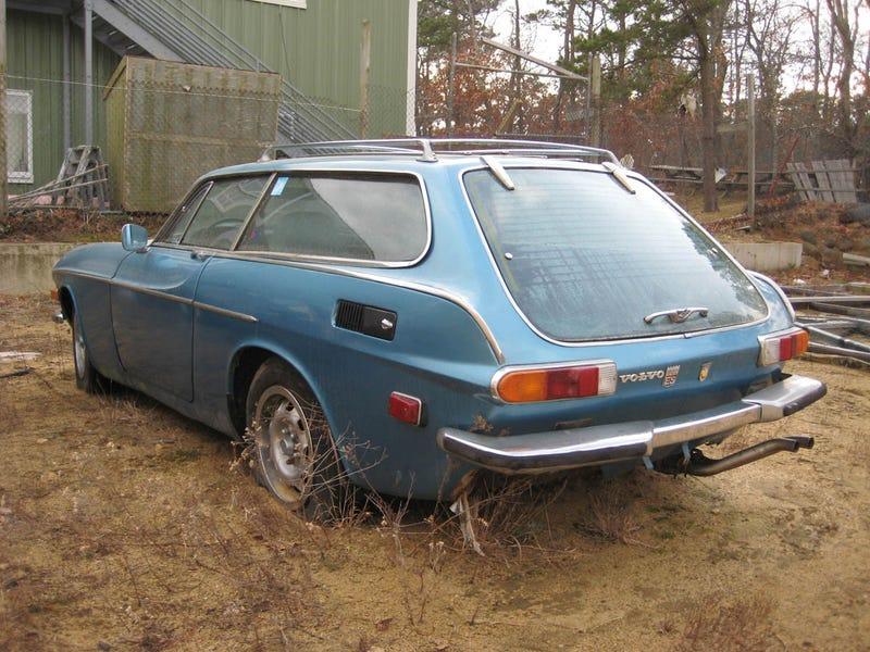 FOTS Volvo P1800ES Gallery