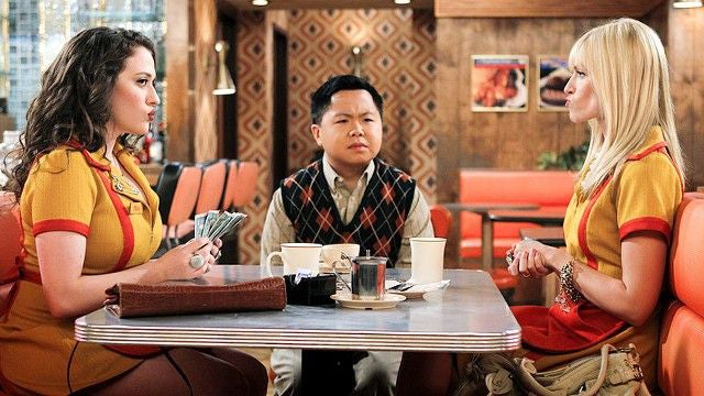 2 Broke Girls Recognized for Contribution to Racist TV Offerings