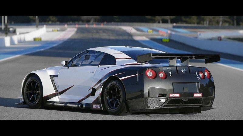 Nissan GT-R GT1: Godzilla Ready To Smash GT1
