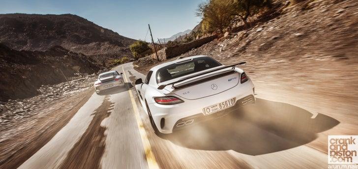 Porsche 991 GT3 vs Mercedes SLS AMG Black