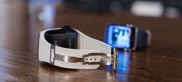 ​Samsung Gear S Hands On: A Tiny Phone That's Still Big on Your Wrist