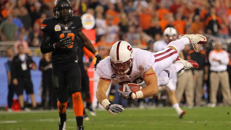 Stanford TE Has Tiny T-Rex Arms; May Affect Draft Stock