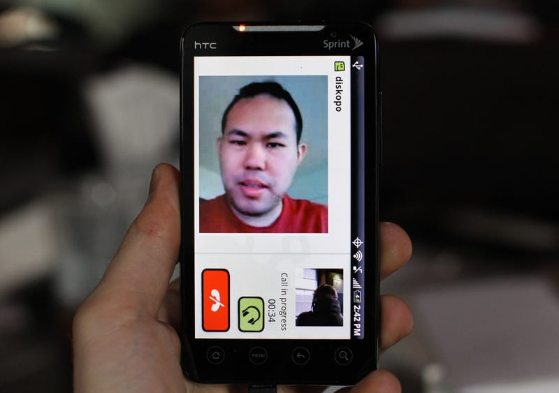 Fring For Android Is Two-Way Video Calling From the FUTURE