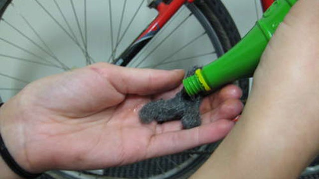 Remove Bicycle Chain Rust with Lime Juice and Steel Wool