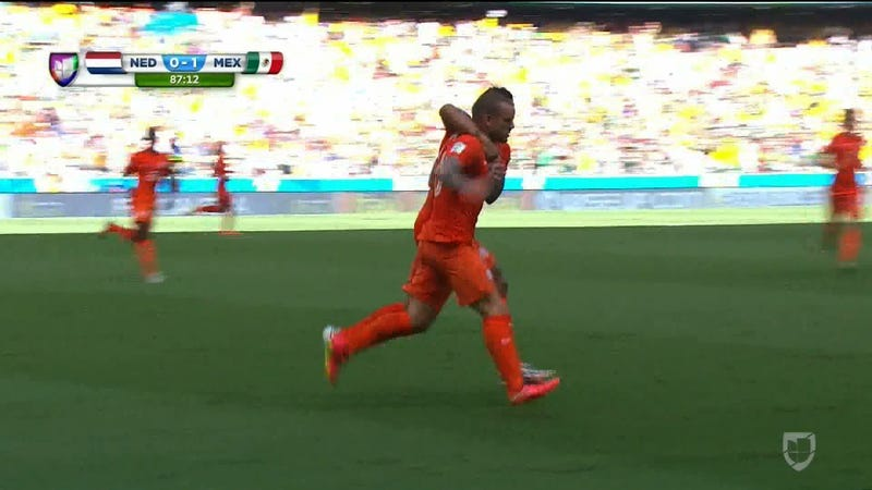 Netherlands Break Mexico Hearts With Late Goal, Penalty