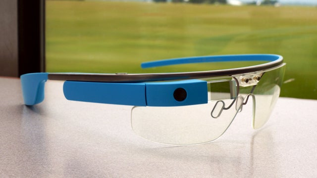 United Gives Grief To Google Glass User, Citing Security Concerns