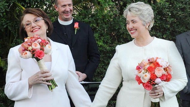 Texas Officials Baffled by Houston Mayor's Wacky Two-Lady Marriage