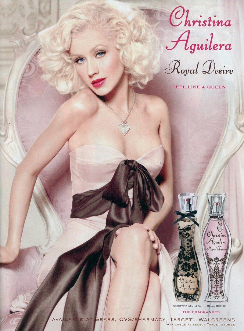 Christina Aguilera's Bones Mangled in Terrible Photoshop Incident