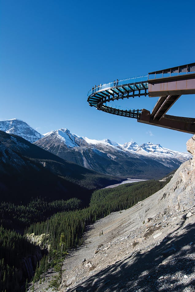 This Terrifying Glass Deck Lets You Walk Off a Cliff