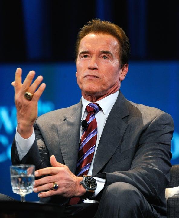 Schwarzenegger Lends His Friends a Hand on Last Day in Office