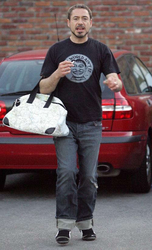 Dear Robert Downey Jr.: That's A Murse, Ain't It?
