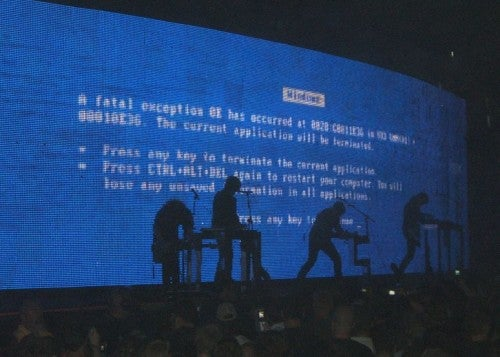 BSoD Repeatedly Strikes Nine Inch Nails Concerts