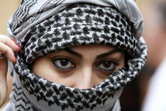Saudi Woman Roughs Up Religious Policeman