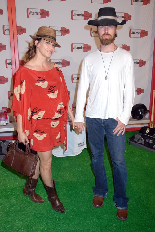 Gina Gershon & Date: Hats Off