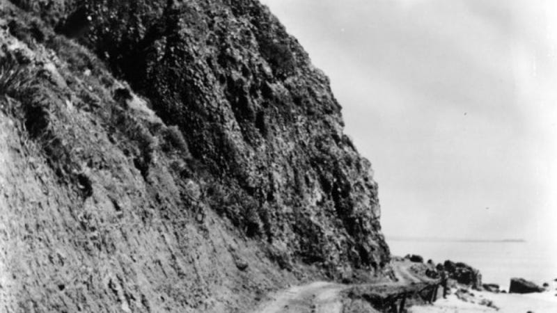 Stunning Photos Show LA's Roads Before They Were Roads