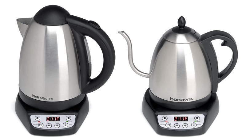 This Kettle Heats Water to the Exact Temperature You Want