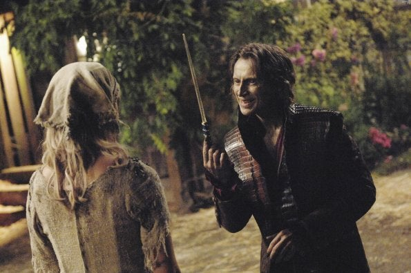 "Once Upon a Time Episode 4 ""The Price of Gold"" promo pics"