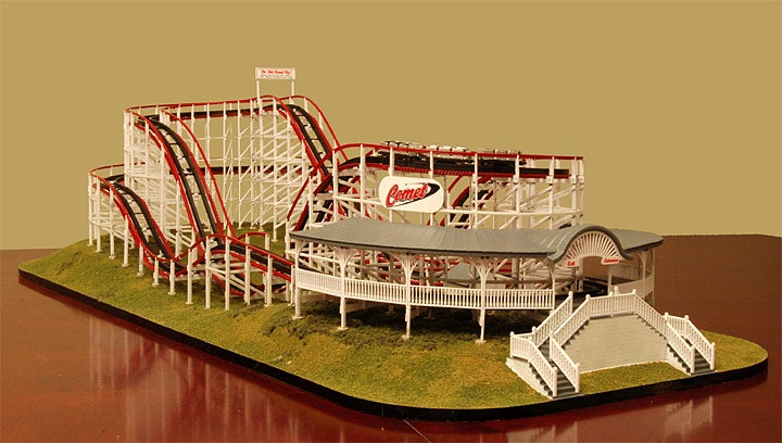 Coaster Dynamics Comet: Mini Rollercoaster