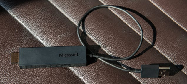 Microsoft's Wireless Display Adapter Makes Your TV a Second Screen