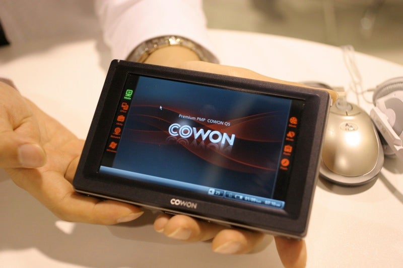 Stylus-On With The Cowon Q5 (Verdict: Not Good at All)