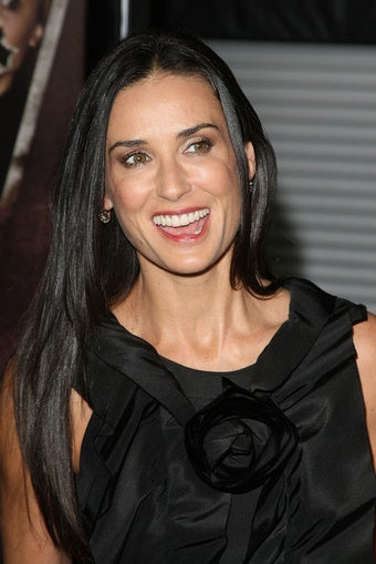 Demi Moore's New, International Twitter War