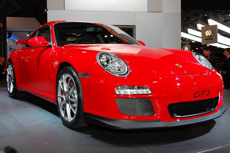 2010 Porsche 911 GT3: Santa's 435 HP Sleigh