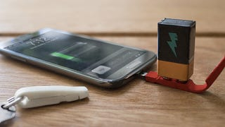A 9-Volt Battery Is All This Tiny Charger Needs To Revive Your Phone